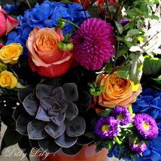 Dilly Lill's Deluxe Colorful Bouquet!