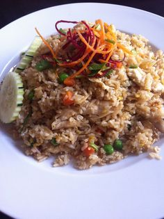 Thai Fried Rice With Chicken and Lots Of Vegetables! That Is My Nr. 1 Favorite Thai Food
