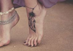 foot tattoo anyone?,Tatties,Tattoos,tattoos and piercings, Piercings, Piercing Tattoo, Indian Feather Tattoos, Indian Feathers, Native American Feather Tattoo, Eagle Feathers, Gold Feathers, Tattoo Plume, Tattoo Feather