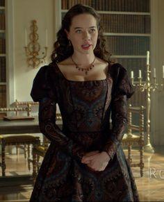 "Lady Lola- Reign ""Bruises That Lie""- Season Episode 10 Anna Popplewell, Reign Fashion, Fashion Tv, Lola Reign, Tudor, Marie Stuart, Reign Dresses, Princess Aesthetic, Period Costumes"