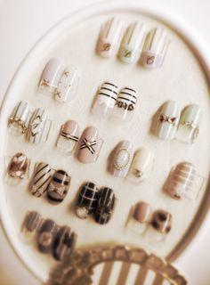 水彩フラワー&透かし柄リボン の画像|新潟市中央区万代ネイルサロン~BLC nail salon Beautiful Nail Art, Gorgeous Nails, Love Nails, Belle Nails, Nail Store, Nail Salon Decor, Nail Room, Japanese Nail Art, Nail Spa
