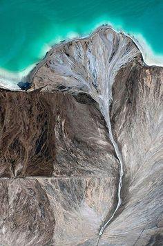 Kacper Kowalski aerial photography. (via Kacper Kowalski aerial photography / zdjecia lotnicze Kacpra Kowalskiego - toxic beauty)