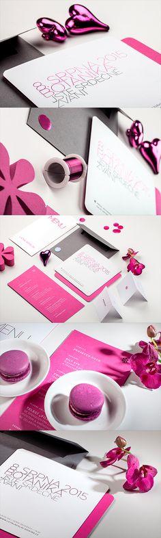Wedding invitation and wedding stationey in magenta color / Svatební oznámení, svatební menu, jmenovky a drobné dekorace v barvě magenta