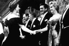 Encuentro de Marilyn Monroe con la reina Isabel II