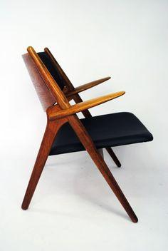 hans wegner chair 28