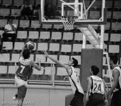 #CarlesMarzo destacó en #AmicsCastello pese a iniciar el choque sentado en el banquillo. Marzo igualó a #SamuelDominguez como #MVP del partido con 10 puntos, 3 rebotes, 5 asistencias y 3 faltas recibidas (17 de valoración). 28 de septiembre de 2014. #Baloncesto #Basket #Alicante #AdeccoPlata #Lucentum #CBLucentum Alicante, Victoria, Wrestling, Sports, Basketball, September, Dots, Lucha Libre, Hs Sports