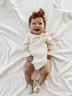 Baby Outfits, Autism In Babies, Baby Girl Fashion, Kids Fashion, Little Babies, Cute Babies, Cute Baby Pictures, Cute Baby Clothes, Baby Girl Clothing