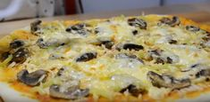 Pizza pregătită în casă – aluatul perfect și câteva secrete pentru o pizza delicioasă! - Retete Usoare Pizza, Catio, Quiche, Macaroni And Cheese, Breakfast, Ethnic Recipes, Food, Morning Coffee, Mac And Cheese