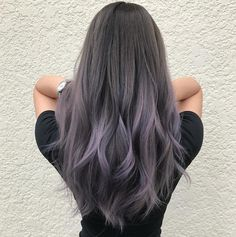 65 Ideas Hair Color Purple Grey Silver The most beautiful hair ideas, the most trend hairstyle Hair Color Balayage, Hair Highlights, Silver Highlights, Grey Hair With Purple Highlights, Haircolor, Purple Balayage, Brown Ombre Hair, Gray Hair, Grey Ombre