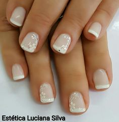 Wedding Nails-A Guide To The Perfect Manicure – NaiLovely Classy Nails, Simple Nails, Trendy Nails, Cute Nails, My Nails, Manicure Nail Designs, French Manicure Nails, French Tip Nails, French Nail Designs