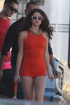Selena Gomez Photos - Selena Gomez on the set of a video shoot in Palmdale, California. Selena turned heads as she flaunted different dresses during the shoot. - Selena Gomez Photos - 7170 of 15437 Selena Gomez Fotos, Selena Gomez Pictures, Selena Gomex, Divas, Actrices Sexy, Marie Gomez, Tights Outfit, Up Girl, Celebrity Gossip