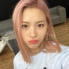 Kpop Girl Groups, Kpop Girls, Korean Girl Groups, Korean Princess, Thing 1, New Girl, Pink Hair, Hair Inspo, Girl Crushes