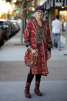 ADVANCED STYLE: Suzi Click and The Power of Print Mixing