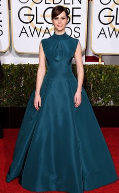 Felicity Jones looks like fashion royalty in this Christian Dior dress!