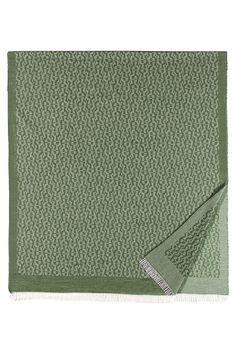 Aigner Schal Casual Grün | SAILERstyle Card Holder, Wallet, Casual, Fashion, Green Scarves, Silk Shawl, Handbags, Moda, Rolodex