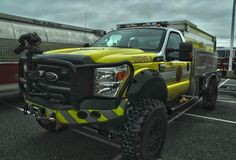 Cool Trucks, Fire Trucks, Ambulance, Truck Store, Rescue Vehicles, Police Vehicles, Brush Truck, Fire Equipment, Pickup Trucks