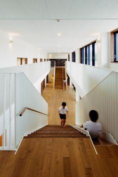 Galería de Jardín Infantil y Guardería AM / HIBINOSEKKEI + Youji no Shiro - 10