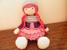 poupée fille inspiré du tutoriel de carocreated de la boutique creachat sur Etsy