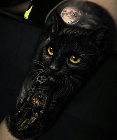 Browse tattoo ideas in all styles from tribal, Japanese, watercolor and more. Get inspired for your next tattoo. Black Cat Tattoos, Top Tattoos, Sleeve Tattoos, Tattoo Gato, Realism Tattoo, Popular Tattoos, Angel Tattoo Men, Big Tattoo, Lower Back Tattoos