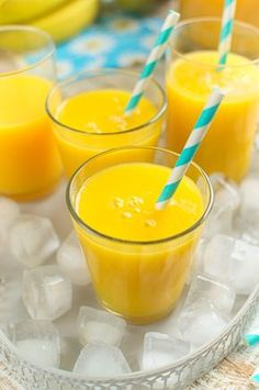 Fruit Smoothies, Healthy Smoothies, Smoothie Recipes, Sweet Recipes, Healthy Recipes, Shake, Mango, Breakfast Options, Cocktails