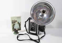 Vintage Kodak Duaflex III Camera with by UrbanRenewalDesigns, $38.00
