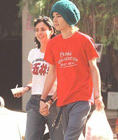 Daniel Johns & Natalie Imbruglia in 1999 Life Is Beautiful, Beautiful People, Natalie Imbruglia, Daniel Johns, Old Love, Pearl Jam, Kylie Minogue, Celebrity Couples, Beautiful Celebrities