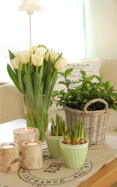 DIY Spring Table ~ tulips