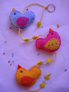 Estes passarinhos vão alegrar a casa da Fernanda.