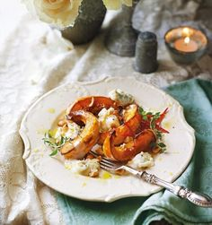 This roast pumpkin recipe with toasted hazelnuts, blue cheese, fresh thyme and red chilli, makes a great starter. Roast Pumpkin, Pumpkin Soup, Pumpkin Recipes, Lunch Recipes, Cooking Recipes, Healthy Recipes, Savoury Recipes, Pesto, Thyme Recipes