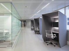 La cabine acoustique BuzziBooth est un espace de tranquillité, acoustique, écologique et coloré qui absorbe les bruits extérieurs même dans les endroits les plus bruyants. Il est idéal pour téléphoner, ou travailler sur ordinateur.