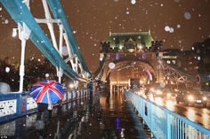 Chaos as snow and hurricane-force winds sweep Britain #dailymail