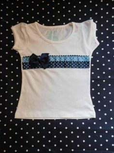 Spruce up an ordinary tee with a few ruffles and a bow. Sewing For Kids, Baby Sewing, School Fashion, Diy Fashion, T Shorts, T Shirt Diy, Refashion, Kids Wear, Shirts For Girls