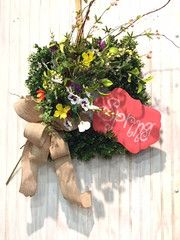 Spring Square Boxwood Wreath Kit- Wreath Kit for #Spring includes Wreath base, florals for bouquet, Burlap and metal chalkboard from the Round Top Collection