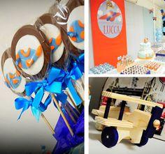 Festa aviador exibida no Kara's Party Ideas mostra o avião de madeira da Petit Artiste decorando a mesa. Visite nos em www.petitartiste.com.br