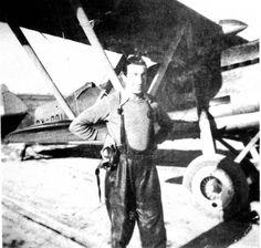 """Fiat CR.32 """"Chirri"""" capturado y puesto en servicio por la Aviación republicana. El código del aparato es CX-001."""