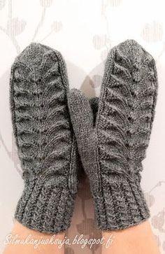 Silmukanjuoksuja: Harmajaiset lapaset Mittens Pattern, Knit Mittens, Knitted Gloves, Knitting Socks, Knitting Charts, Free Knitting, Free Crochet, Knitting Patterns, Knit Crochet