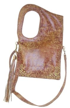 Perfectly Posh Fashion: La Rue by Patricia Field Handbag featured in The Devil Wears Prada - this bag is a HIT!