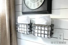 Farmhouse Bathroom Decor Ideas – Do you intend to transform your bathroom into a rustic country heaven? This listing of 36 lovely farmhouse bathroom design ideas could help. You will locate w… Farmhouse Bathroom Accessories, Farmhouse Bathroom Sink, Farmhouse Vanity, Farmhouse Style, Farmhouse Decor, Industrial Farmhouse, French Farmhouse, Farmhouse Design, Small Bathroom