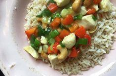 Kip Siam recept Risotto, Grains, Rice, Ethnic Recipes, Food, Essen, Meals, Seeds, Yemek