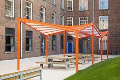 Waltham Forest College / Platform 5 Architects  + Richard Hopkinson Architects - Interesting canopy