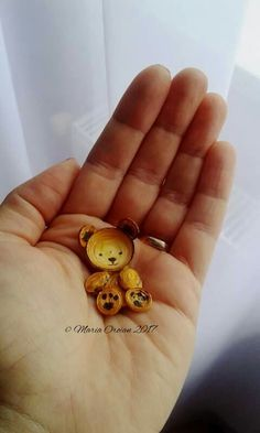 Tiny quilled bear, by Maria Oroian