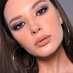 cute makeup makeup for brown eyes tutorial This mauve eye makeup is cute Dieses lila Augenmake-up ist niedlich 80s Eye Makeup, Makeup Eye Looks, Purple Eye Makeup, Applying Eye Makeup, Makeup For Brown Eyes, Cute Makeup, Glam Makeup, Pretty Makeup, Simple Makeup
