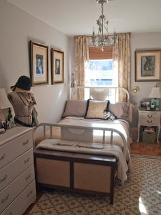 1000 Images About Narrow Bedroom On Pinterest Narrow Bedroom Long Narrow Bedroom And Layout