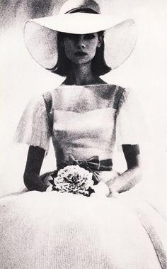 Jean Shrimptonfor Vogue 1963. DavidBailey.