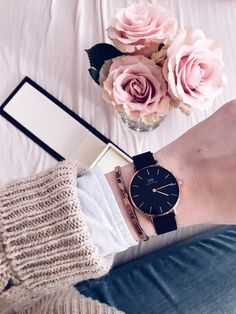 Daniel Wellington Classic Petite Watch Black - Life and personal care Daniel Wellington Watch Women, Daniel Wellington Classic Petite, Trendy Watches, Luxury Watches For Men, Women's Watches, Nice Watches, Popular Watches, Dw Watch, Accesorios Casual