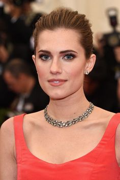2014 Met Ball: Allison Williams wore a 19th century Fred Leighton diamond laurel leaf necklace, 4 ct. round brilliant diamond studs, and 19th century diamond flower brooches in her hair