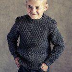 Sweater med strukturmønster Boys Knitting Patterns Free, Knitting For Kids, Free Pattern, Men Sweater, Turtle Neck, Pullover, Sweaters, Fashion, Tejidos