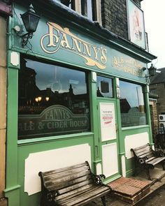 When in #Saltaire a visit to Fanny's Ale & Cider House is a must! #pub #culture #leisure #history #life #travel #tourism #tourist #Bradford #Shipley #Yorkshire #England http://ift.tt/2i1TGGE