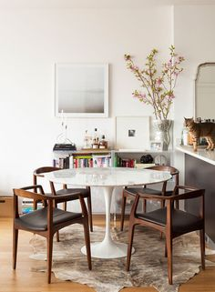 Love the table & chair combo