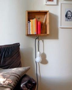 Linn idag: Vägghängt sängbord med belysning